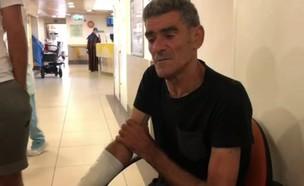יוסף פרץ, האב שנפצע בפיגוע הדקירה בכפר עזון שבשומר (צילום: החדשות 12)