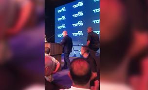 נתניהו חוזר לנאום לאחר הירי מעזה (צילום: החדשות 12)