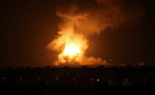 תקיפת חיל האוויר ברצועת עזה בתגובה לירי רקטות (צילום: רויטרס)