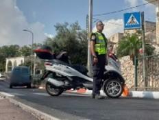 זירת התאונה בצפת (צילום: דוברות המשטרה)