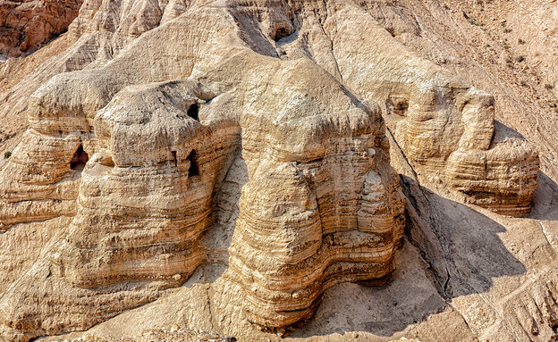 מערות קומראן (צילום: Alon Adika, shutterstock)