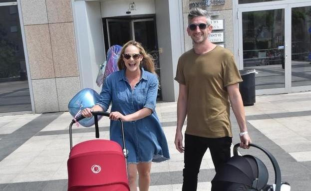 רוני דואני יוצאת מבית חולים, ספטמבר 2019 (צילום: צינו פפראצי)