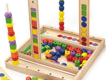 משחק השחלות על עמוד ויגה יבואן אילנית צעצועים