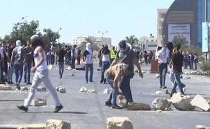 הפגנה של פלסטינים ליד רמאללה (צילום: חדשות)