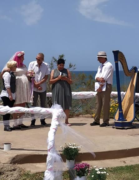 חנהלה בחתונה של שני (צילום: באדיבות המצולמים)
