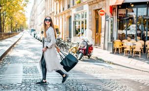 פריז  (צילום: shutterstock By RossHelen)
