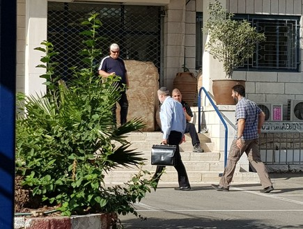 מנדלבליט בכניסה לשימוע של ראש הממשלה
