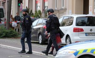 אירוע ירי ליד בית כנסת בהאלה, גרמניה (צילום: AP)