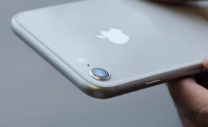 iPhone 8, אייפון 8, אפל (צילום: quangmooo, ShutterStock)