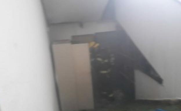 הארון שנשרף בבית הספר בחדרה (צילום: דוברות כבאות והצלה)