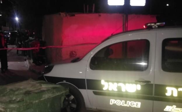 זירת אירוע ירי בג'סר א-זרקא (צילום: דוברות המשטרה)