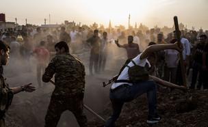 קוברים את מתי המלחמה עם טורקיה בסוריה (צילום: Sakchai Lalit | AP)