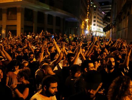 הפגנות אלימות בביירות בלבנון בעקבות החלטה על הטלת מיסים חדשים