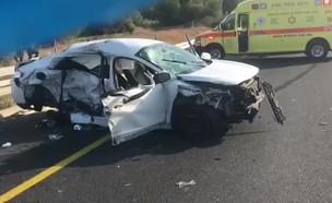 """זירת התאונה בכביש 6, ליד בן שמן (צילום: תיעוד מבצעי מד""""א)"""