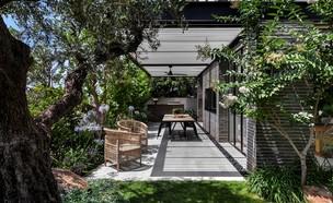 בית בשרון, עיצוב סמט אדריכלים (צילום: עודד סמדר)