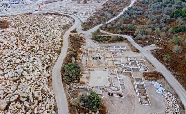 הכנסייה המפוארת שנחשפה בבית שמש  (צילום: אסף פרץ, רשות העתיקות)