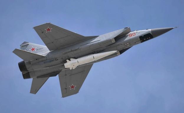 מטוס מיג נושא נשק שפיתחה רוסיה (צילום: kremlin.ru)