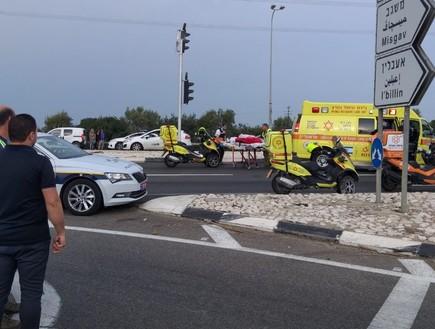 תאונה בין רכב פרטי לאוטובוס בצומת אעבלין (צילום: באדיבות אדם מידקס)