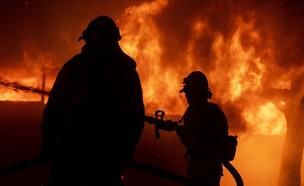 שרפות ענק בקליפורניה (צילום: Sakchai Lalit | AP)