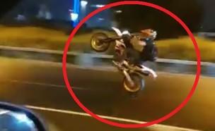 אופנוענים משתוללים בכביש (צילום: פרטי)