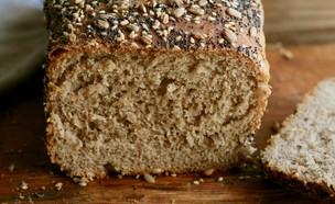 לחם בריאות ללא לישה (צילום: קרן אגם, אוכל טוב)