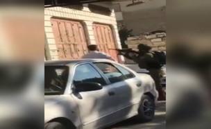 עימות בין חיילים לפלסטיני בחברון
