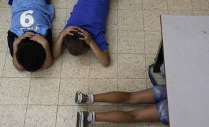 ירי, ירי לדרום, רקטות, ילדים, בית ספר, אזעקה (צילום: reuters)