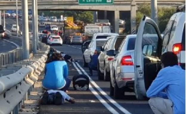 אזעקות בראשון לציון - כביש 4  (צילום: חשיפה בצילום)