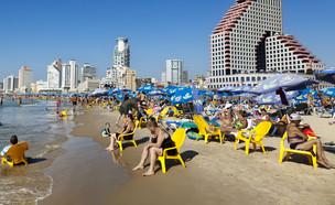 חוף הים בתל אביב (צילום: elbud, Shutterstock)