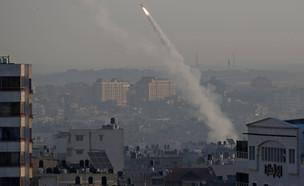 שיגורים של הג'יהאד האסלאמי מעזה לישראל (צילום: רויטרס)