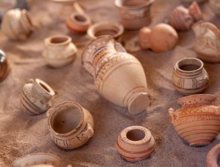 סנטוריני מוזיאון ארכיאולוגי  (צילום: shutterstock, Nadezda Barkova)