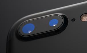 מצלמת אייפון (צילום: Valentin Valkov, ShutterStock)