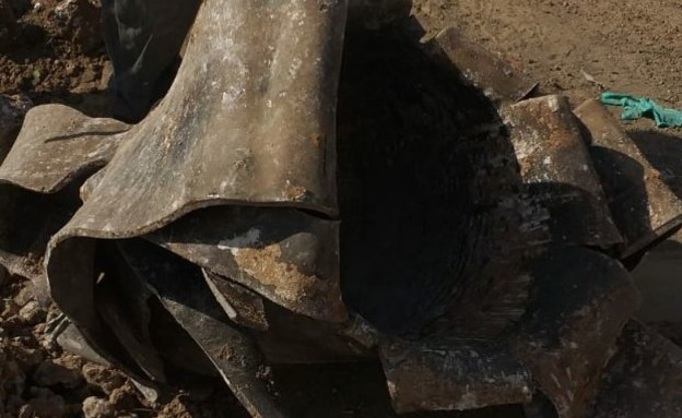 טיל שנפל בעוטף עזה ויצר מכתש ענק