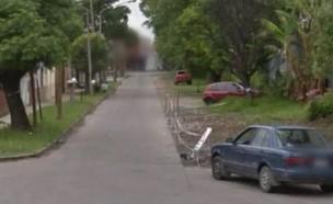נתפס בגוגל מפות (צילום: Google Street View)