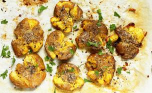 תפוחי אדמה מעוכים (צילום: Lyudmila Mikhailovskaya, ShutterStock)