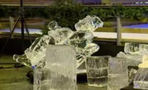 פסל קרח של סנטה קלאוס נפל על פעוטה (צילום: Police grand-ducale, יוטיוב\L'essentiel)