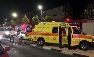 """גבר נפגע באורח אנוש בשרפה בירושלים (צילום: תיעוד מבצעי מד""""א)"""