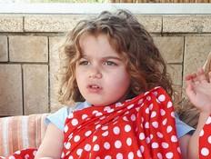 אמילי בת ה-4 וחצי שעוכבה ברוסיה תחזור לארץ