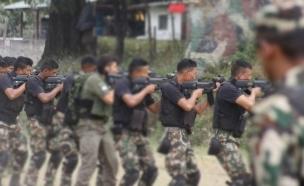 אימון משותף עם צבא נפאל (צילום: מערך קשרי החוץ)