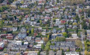 שכונה (צילום: Luis_Martinez, shutterstock)