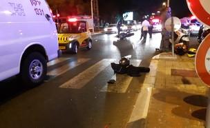 """תאונת דרכים קטלנית בתל אביב (צילום: תיעוד מבצעי מד""""א)"""