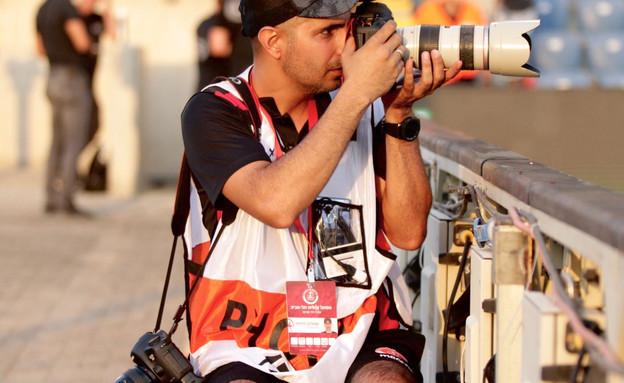 """שמוליק דוידפור, צלם הפעול ת""""א שנפגע מאבוקה (צילום: יובל דניאל)"""