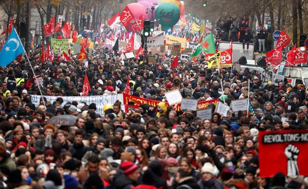 הפגנות מחאה בצרפת (צילום: שי פרנקו, רויטרס)