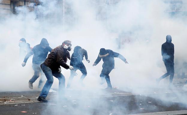 הפגנות מחאה בצרפת  (צילום: רויטרס)