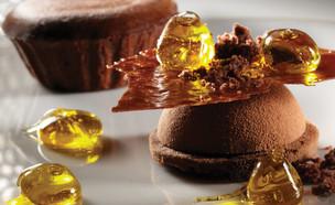 לה רג'נס - פונדנט שוקולד וסוכריות שמן זית (צילום: יורם אשהיים, יחסי ציבור)