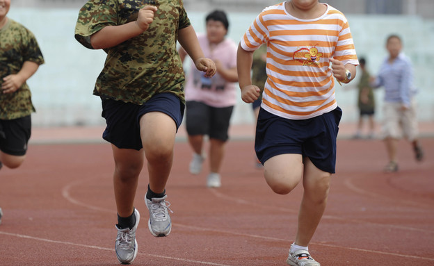 ילדים הסובלים מעודף משקל (אילוסטרציה)