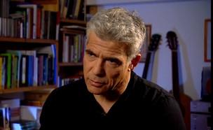 """יאיר לפיד בראיון ל""""אנשים"""" (צילום: מתוך """"אנשים"""", קשת 12)"""