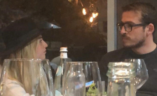 """הזוגיות החדשה של דנית גרינברג- אקסטרה3 (צילום: מתוך """"ערב טוב עם גיא פינס"""", קשת 12)"""