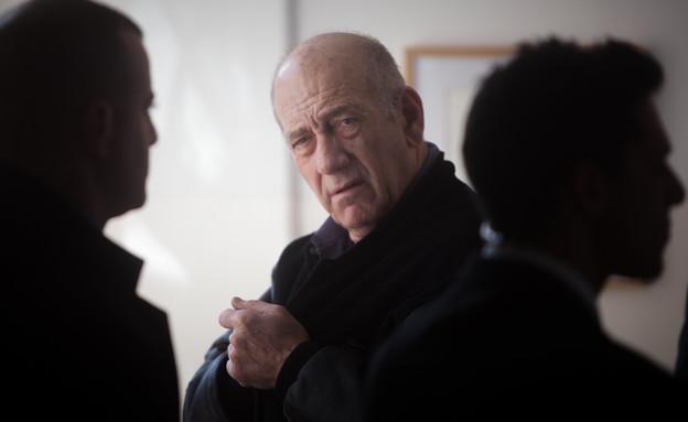 אהוד אולמרט נכנס לכלא  (צילום: ליאור מזרחי, פלאש 90)