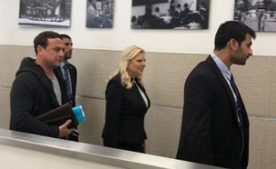 שרה נתניהו מגיעה לדיון בתביעתה של שירה רבן (צילום: מיכל צ'ין, החדשות 12)